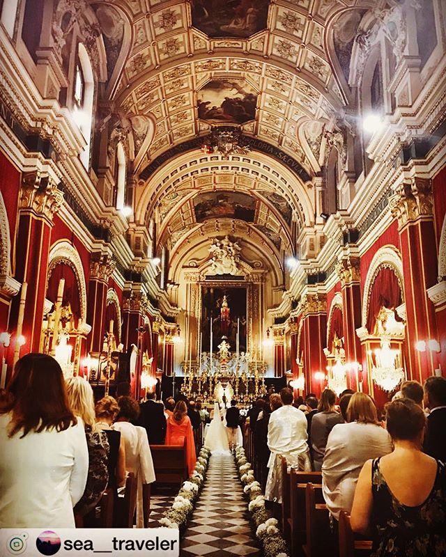 """#repost @sea__traveler ・・旧市街をフラフラ歩いてたらこんな素敵な所があって、ちょっと覗いてみたら結婚式してた🤵・素敵すぎる・・#マルタ共和国#マルタ#旧市街#ヴァレッタ#結婚式#教会#オシャレ#素敵#散策#ヨーロッパ#建物#カメラ女子#ゴープロ#ミラーレス一眼#海外旅行#ヨーロッパ旅行#女子旅#タビジョ#旅行好き#写真好き#旅行好きな人と繋がりたい#お洒落さんと繋がりたい#写真好きな人と繋がりたい ▼△▼△▼△▼△▼△▼△▼△▼△▼△▼△▼△repost AcceptingIf you wish to repost please tag """"@instabae_navi"""" in the picture.▼△▼△▼△ repost受付中 ▼△▼△▼△ インスタ映え写真のrepostを受付中です🤗 🏝少しでも多く方に見て欲しい!🏝いいね数を増やしたい!🏝フォロワー数を増やしたい! そんな方は自慢の写真にタグ付け下さい 写真に @instabae_navi をタグ付け下さい️ハッシュタグに #インスタ映えNAVI もお忘れなく ️ ※順番に投稿しておりますので少々お待ちいただく場合がございます。皆さまからのタグ付けをお待ちしております ▼△▼△▼△▼△▼△▼△▼△▼△▼△▼△▼△ - from Instagram"""